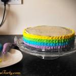 Tort Teczowy - zdobienie