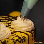 Tort cytrynowy - zdobienie