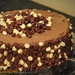 Tort mocno czekoladowy - zdobienie