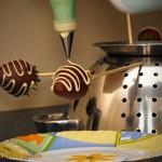 Truskawki w czekoladzie - zdobienie