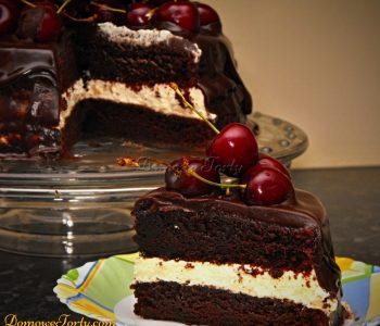 Czekoladowy tort z czereśniami